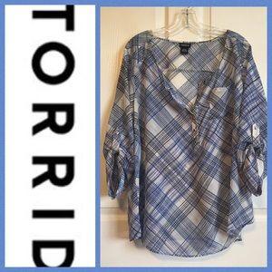 Torrid Black Blue and White Tab Sleeve Blouse Sz 1